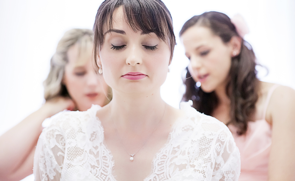 Northamptonshire Oundle wedding photographer