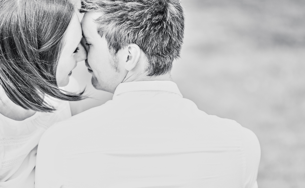 engagement photographer Oundle