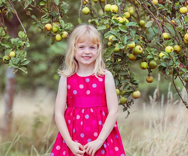 Children photoshoots in Oundle Northamptonshire
